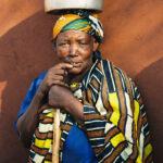 Africa, Tanzania, villaggio, donna, anziani, uova, commercio