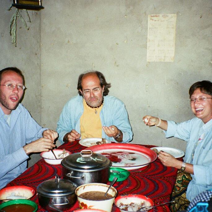 nyumbayetu-artigianato-africa-tanzania-ugali-rovente
